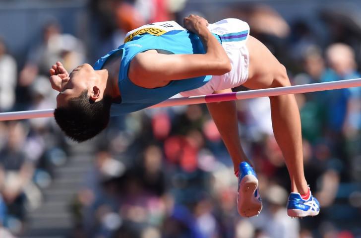 Eto claims shock Asian high jump title as Barshim falters in rain