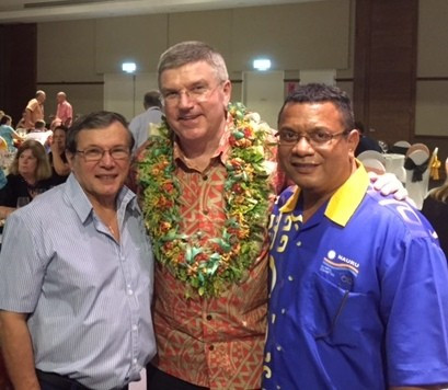Paul Coffa (left), pictured here with International Olympic Committee President Thomas Bach (centre) and Oceania Weightlifting Federation (OWF) counterpart Marcus Stephen (right), has been elected general secretary of the OWF