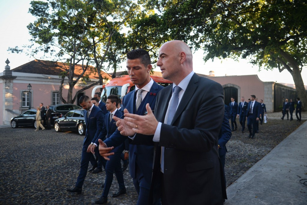German newspaper makes Infantino expenses allegations