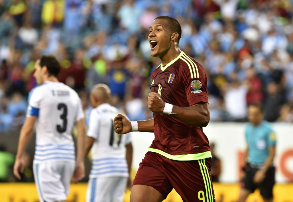 Venezuela reach Copa América Centenario quarter-finals with shock win over Uruguay