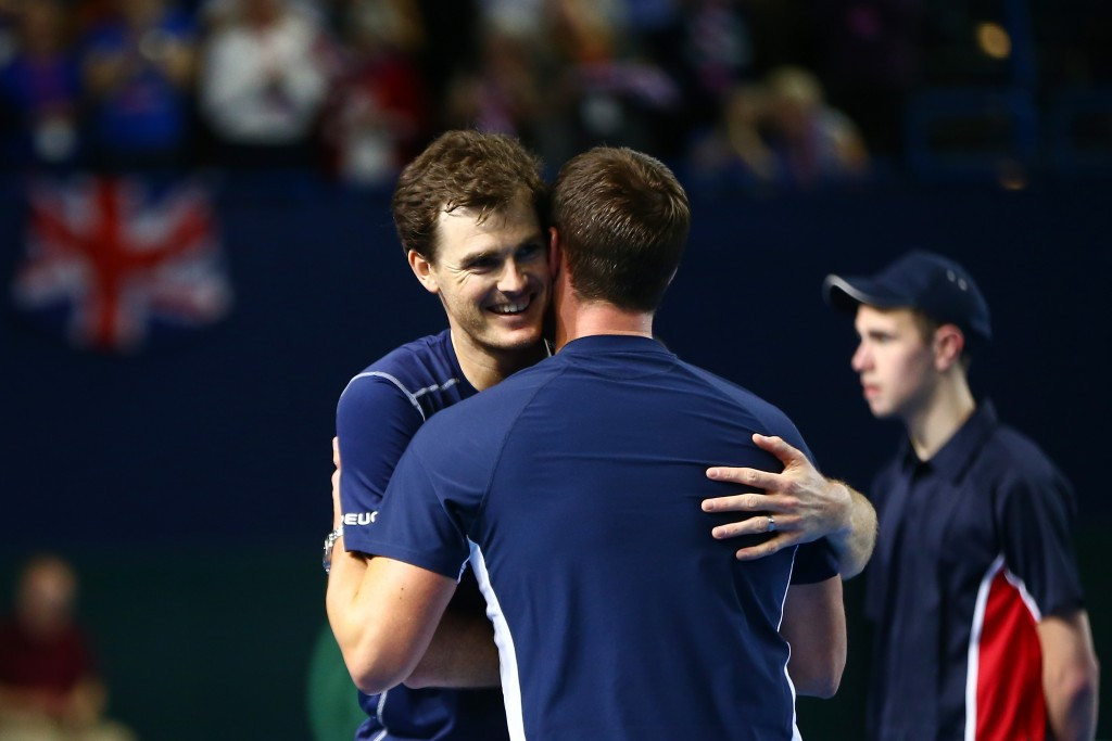 Leon Smith (right) and Jamie Murray (left) were honoured following Britain's Davis Cup success