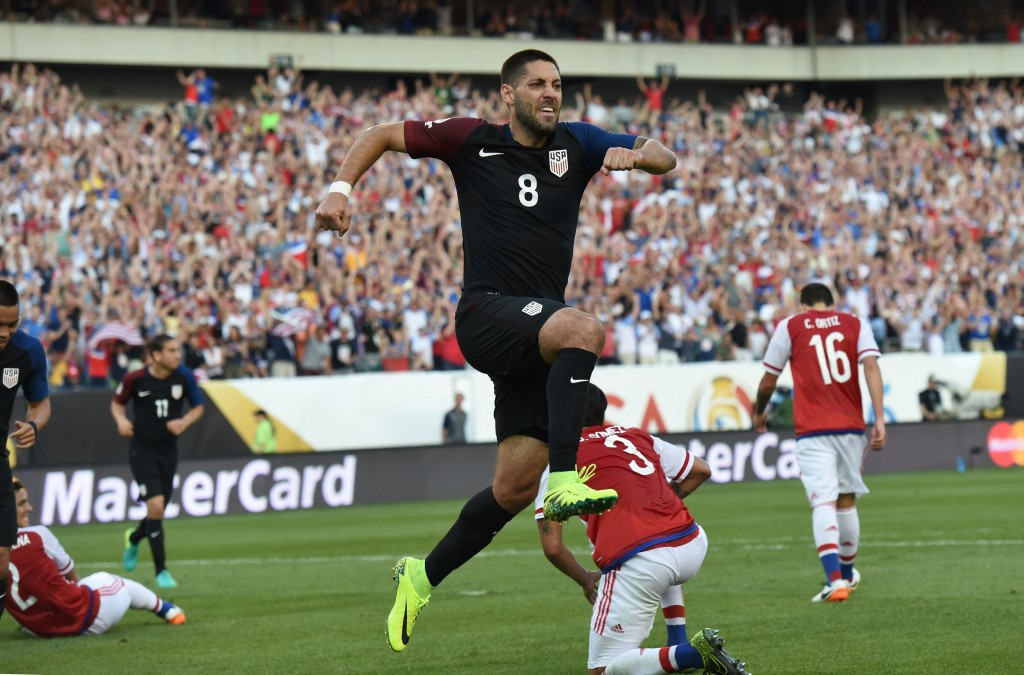 Dempsey fires United States into Copa América Centenario quarter-finals with victory over Paraguay