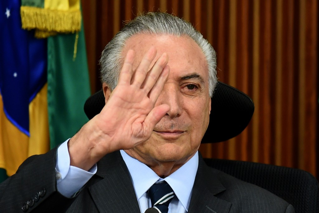 """Temer promises funding to complete Rio subway extension by """"start of next week"""""""