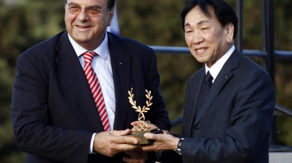 AIBA President Wu receives Olympia Award