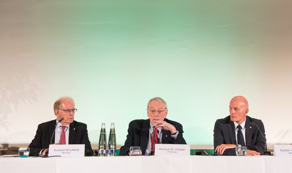 Günter Younger (right) alongside Richard McLaren and Richard Pound presenting the WADA Independent Commission report findings last November ©Getty Images