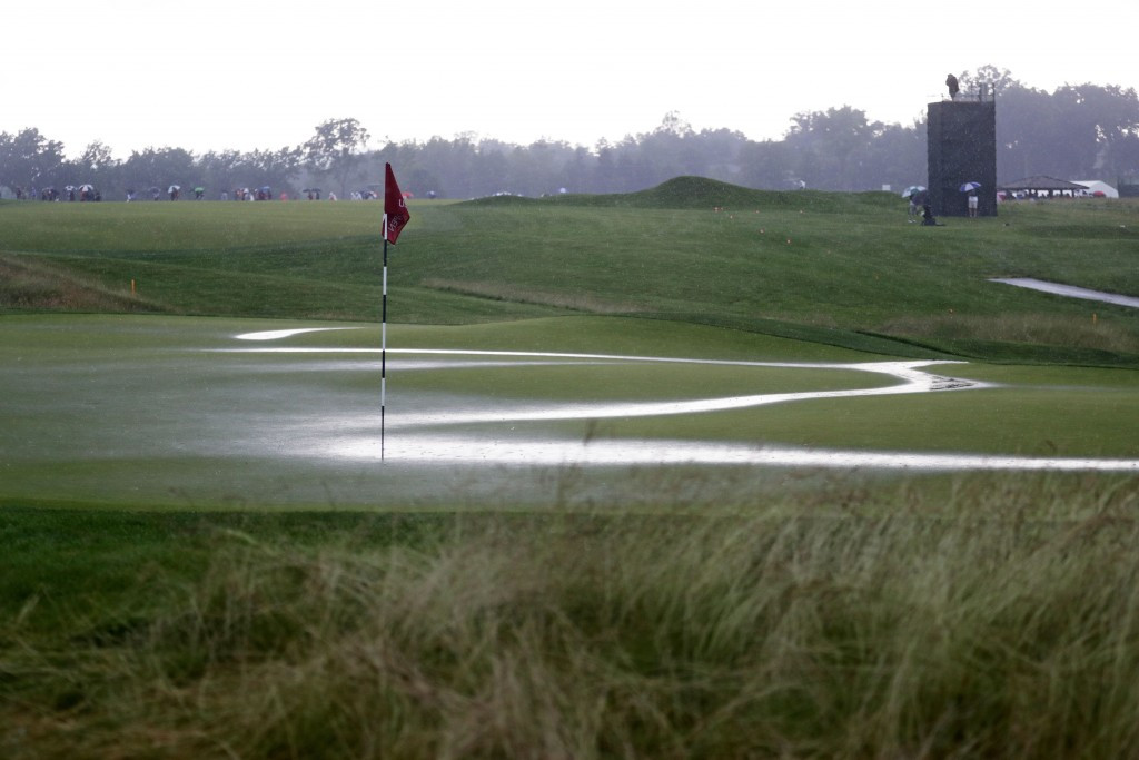 Landry leads at U.S. Open as lightning threat brings premature end to first day's play at Oakmont