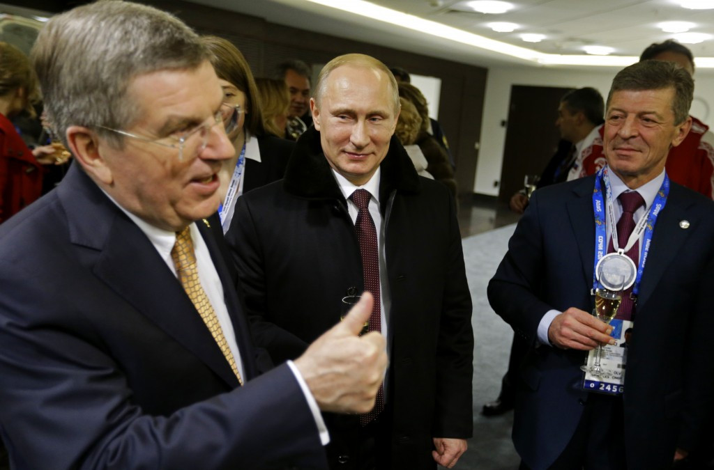 Thomas Bach (left) has rejected Robert Harting's criticisms as