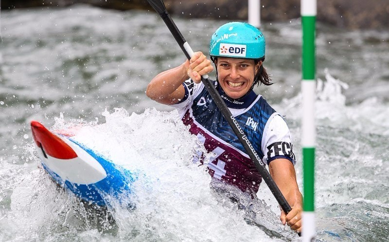 Hosts celebrate double gold on final day of ICF Canoe Slalom World Cup in Pau