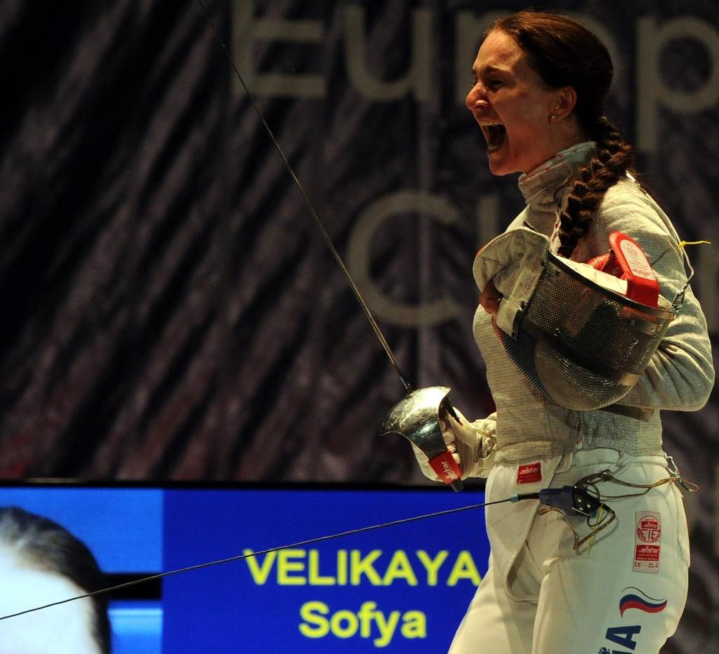 Sofya Velikaya defended her women's sabre title in Toruń ©Getty Images