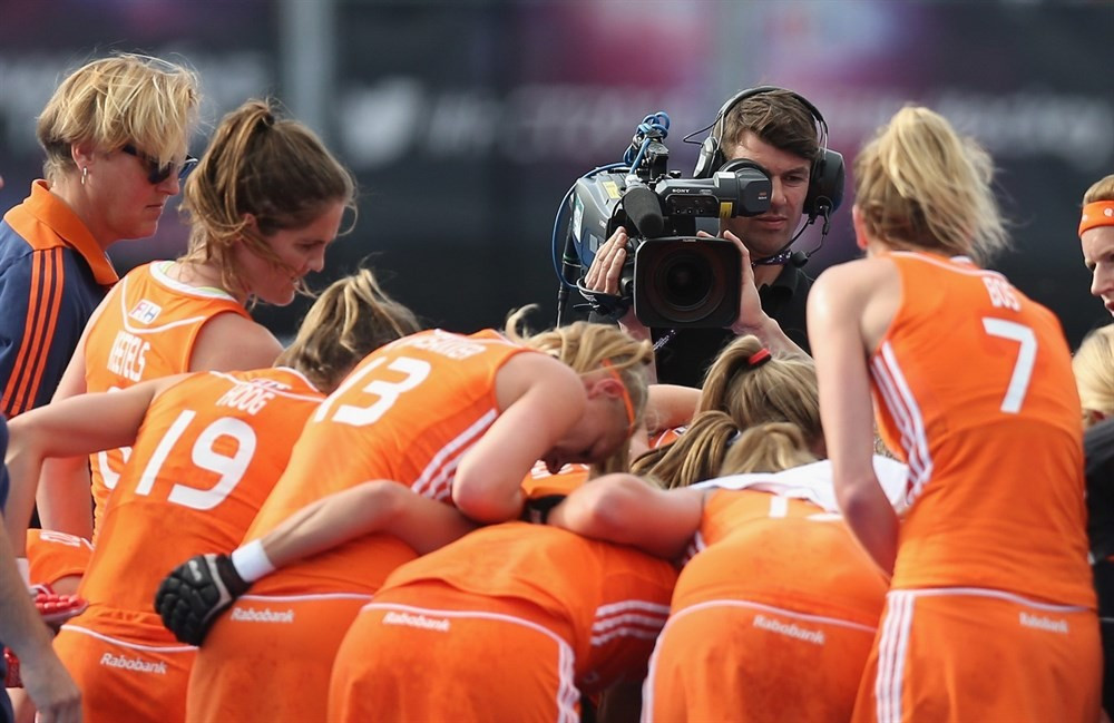 Dutch favourites continue unbeaten record as play resumes at women's FIH Champions Trophy