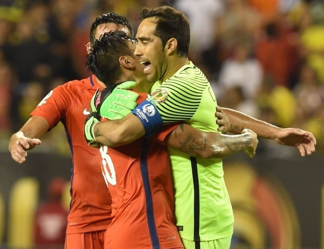 Holders Chile to meet Argentina in Copa América Centenario final after beating Colombia