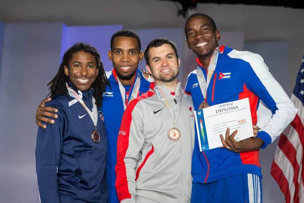 Cuba's Yunior Reytor Venet, right, earned the men's Pan American épée title ©Getty Images
