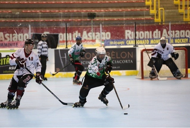 Italy thrash Mexico to reach quarter-finals of FIRS Inline Hockey World Championships