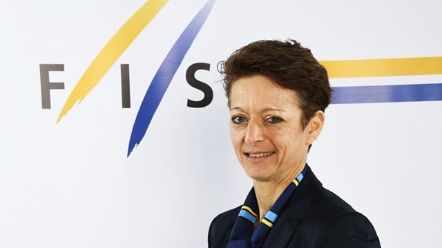 The meeting between FIS and the IOC was described as very beneficial by Sarah Lewis