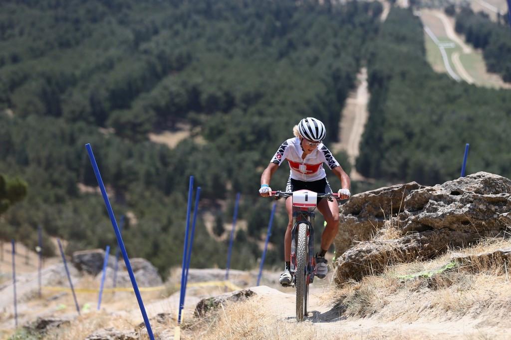 Ferreira and Neff claim titles at UCI Mountain Bike Marathon World Championships