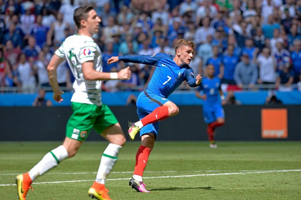 Griezmann strikes twice as France reach Euro 2016 quarter-finals