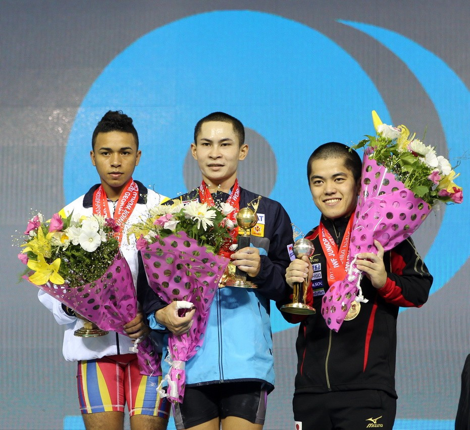 Witoon Mingmoon of Thailand produced a dominant display to take the first gold medal of the event in the Georgian capital ©IWF