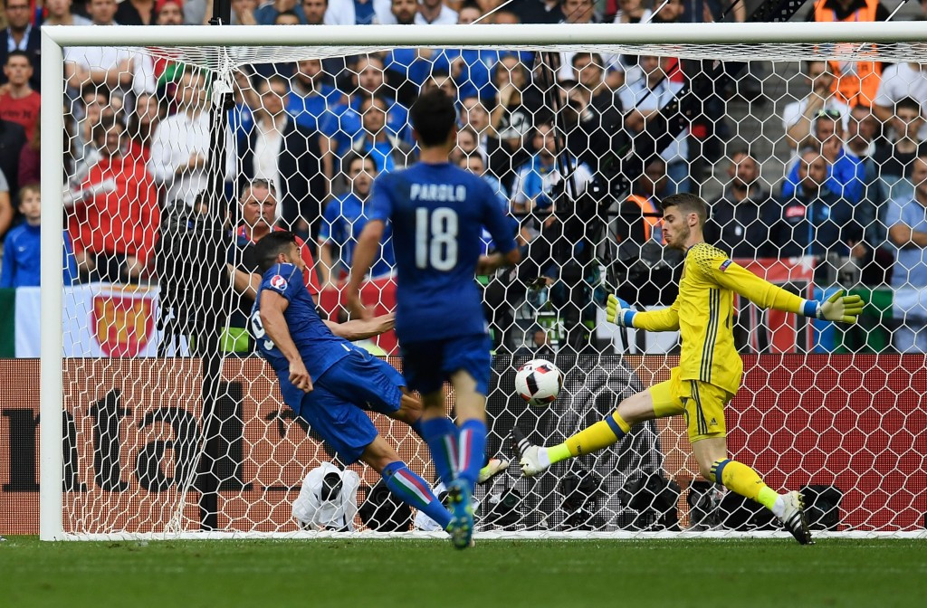Graziano Pelle scores the winnng goal for Italy ©Getty Images