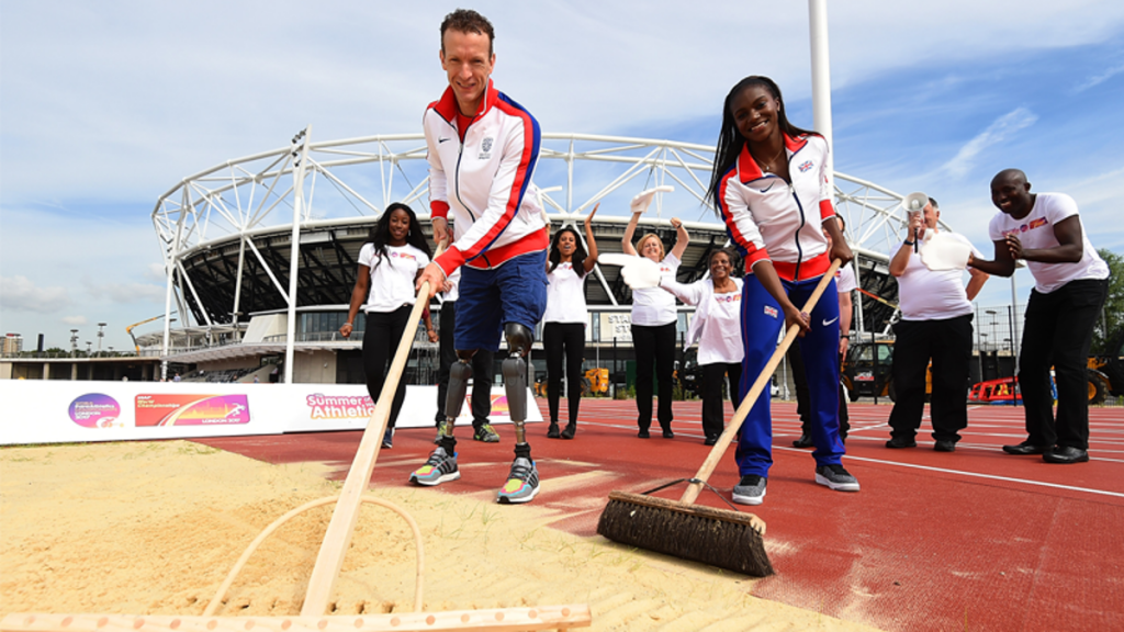 Sprint stars Asher-Smith and Whitehead launch London 2017 volunteering programme