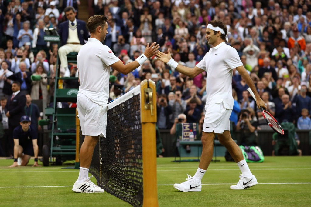 Federer ends Willis' remarkable run to reach third round at Wimbledon