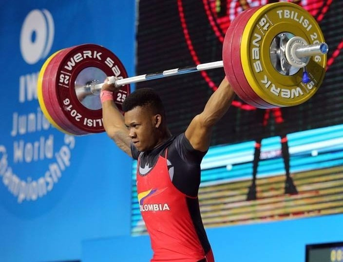 Colombia's Yeison Lopez Lopez set youth world records in the snatch, clean and jerk and overall on his way to winning men's 77kg gold at the IWF Junior World Championships in Tbilisi ©IWF/Facebook