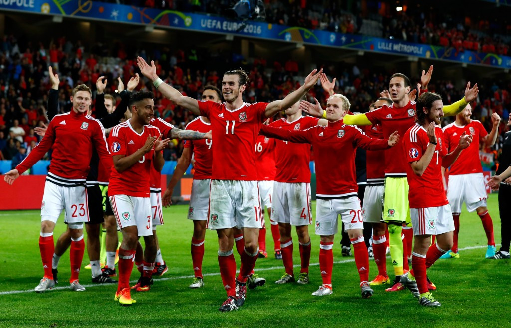Wales stun Belgium to set up Euro 2016 semi-final with Portugal