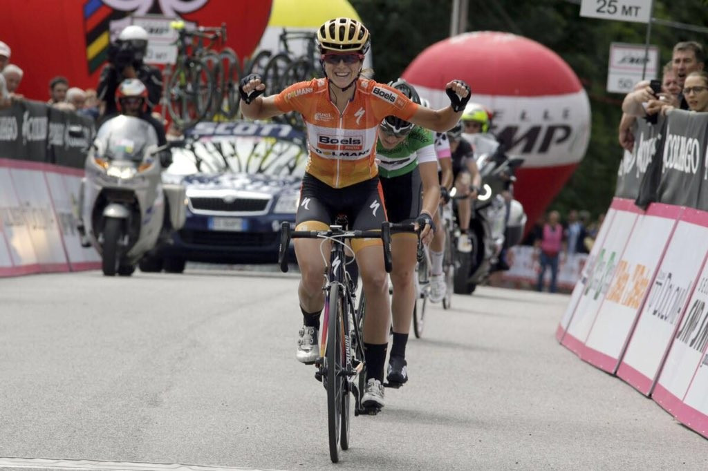 Stevens takes Giro d'Italia Internazionale Femminile race lead after stage two success