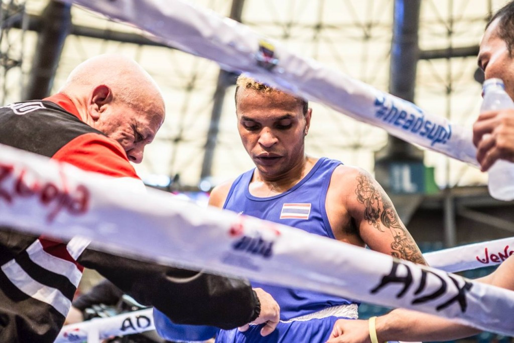Former world champion Ruenroeng safely through at Olympic boxing qualifier