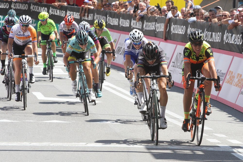 Bronzini claims second stage win at Giro d'Italia Internazionale Femminile as Guarnier closes on overall victory