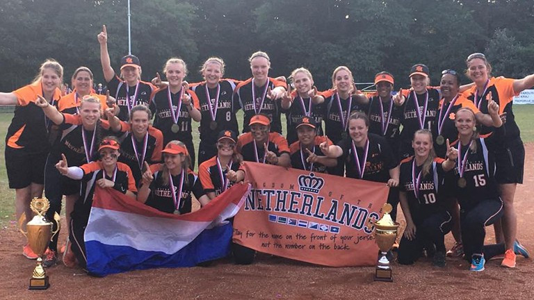 Netherlands dominate Under-22 Women's European Softball Championship
