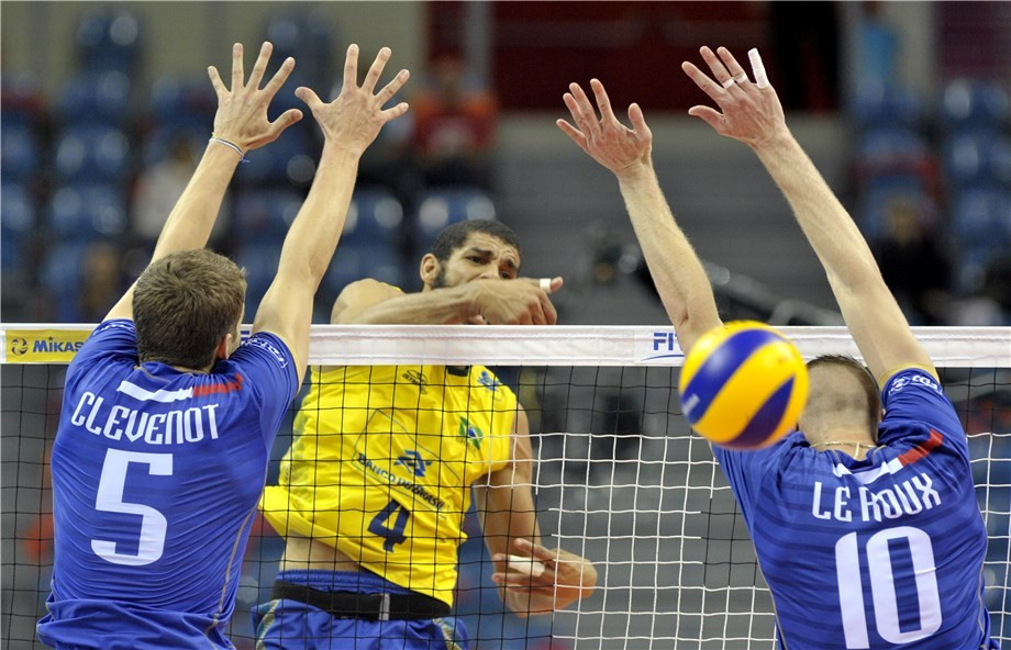 Brazil end French hopes to reach final of FIVB World League