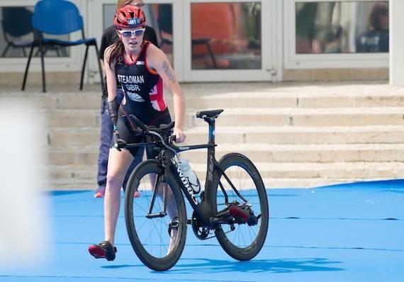 Britain's Lauren Steadman crashed out during her PT4 title defence ©British Triathlon