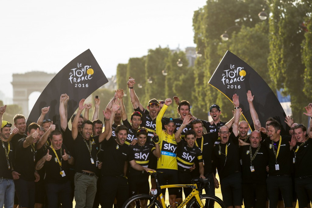 Froome seals third Tour de France triumph as Greipel clinches final stage win