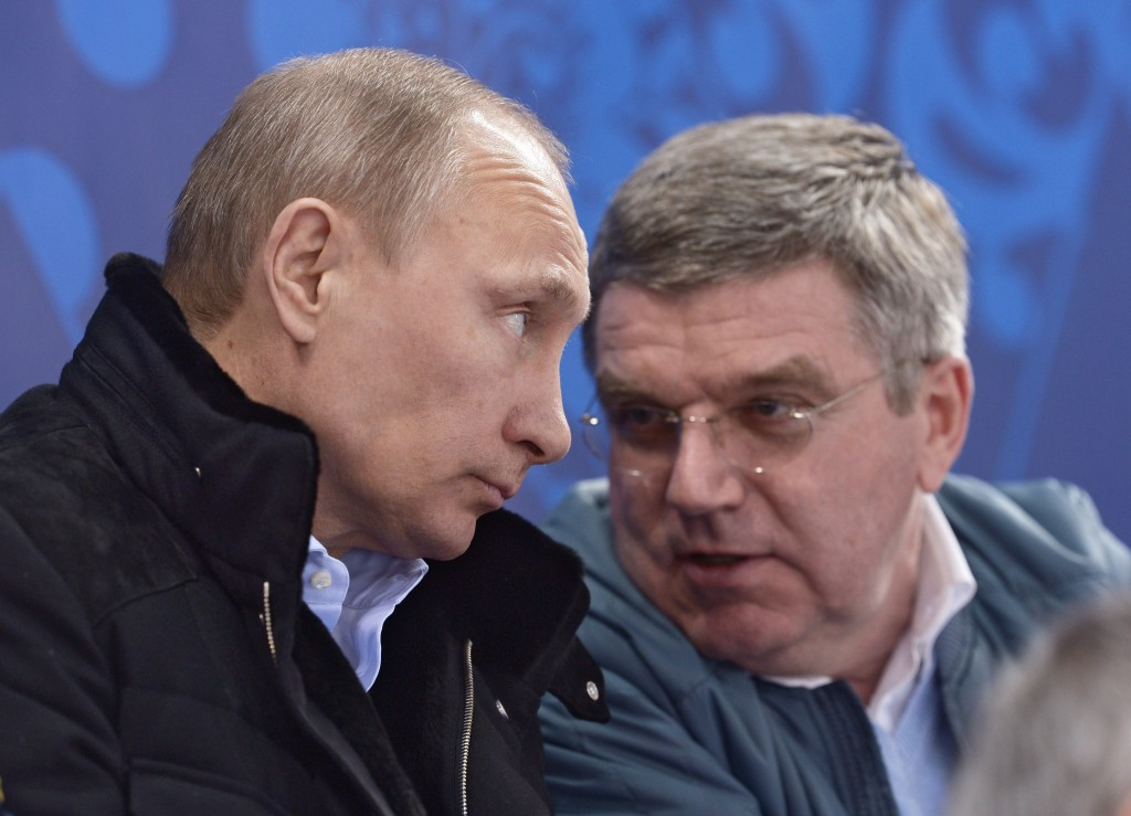 The close relationship of IOC President Thomas Bach (right) with Russian counterpart Vladimir Putin (left) has been called into question after Russia escaped a blanket ban from Rio 2016 ©Getty Images