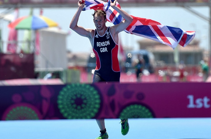 Brilliant Benson claims Baku 2015 triathlon title after British tactical masterclass