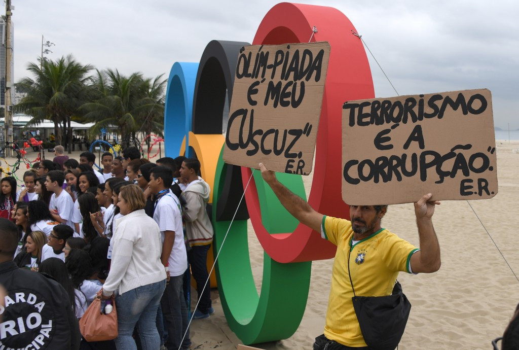 IOC to adopt lenient approach to deal with likely political protests during Rio 2016