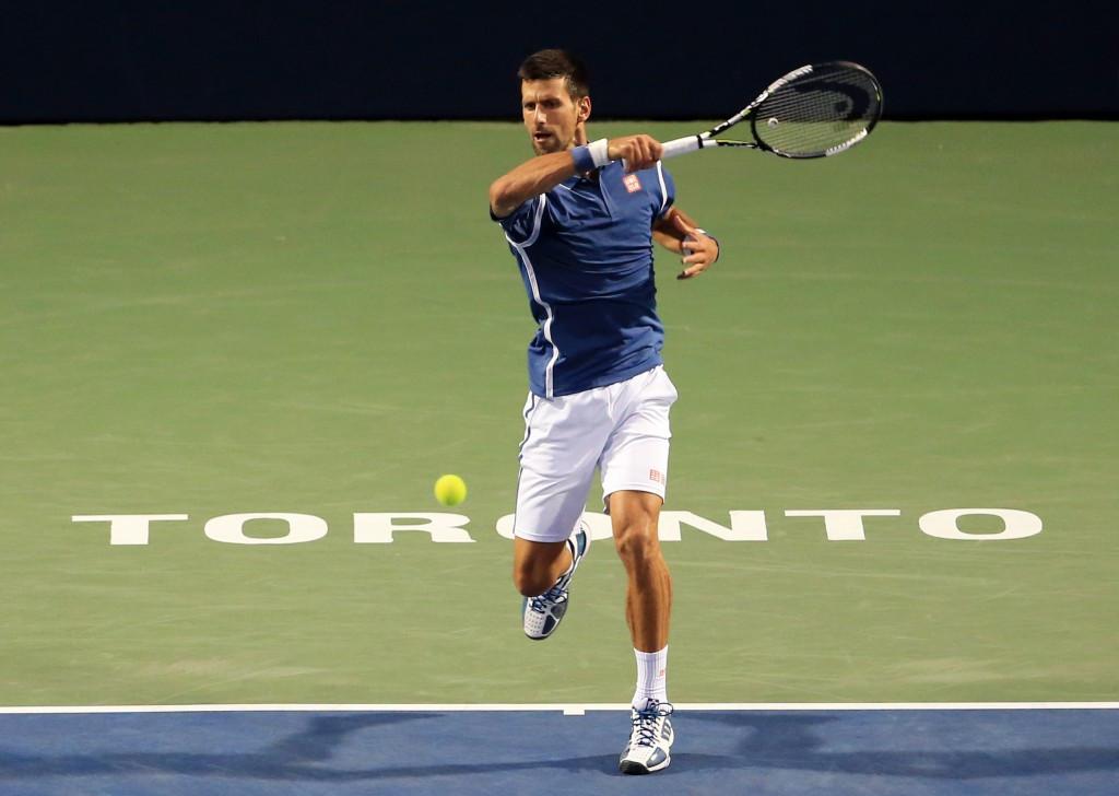 Djokovic advances to quarter-finals at Rogers Cup