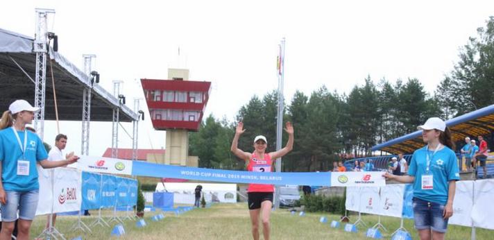 Laura Asadauskaitė crosses the finish line to seal her success