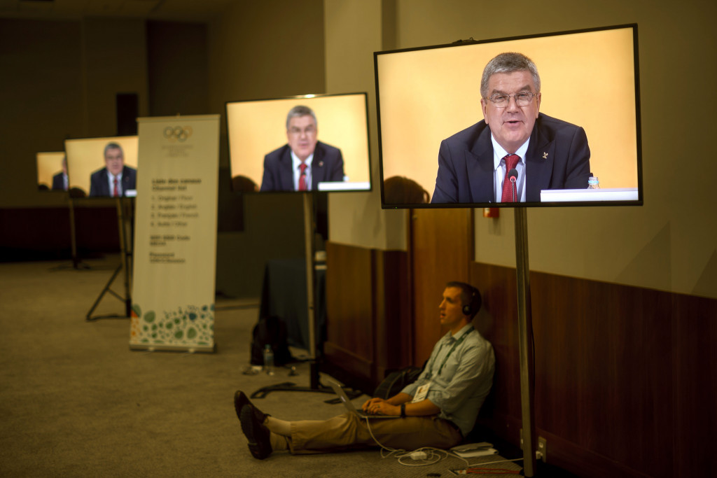 Thomas Bach received a vote of confidence from IOC members, including Richard Pound, at this week's IOC Session here ©Getty Images
