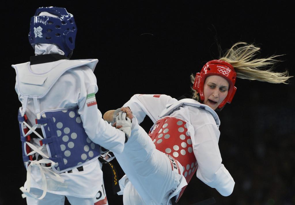 Carmen Marton (right) will represent Australia along with sister Caroline in taekwondo at Rio 2016 ©Getty Images