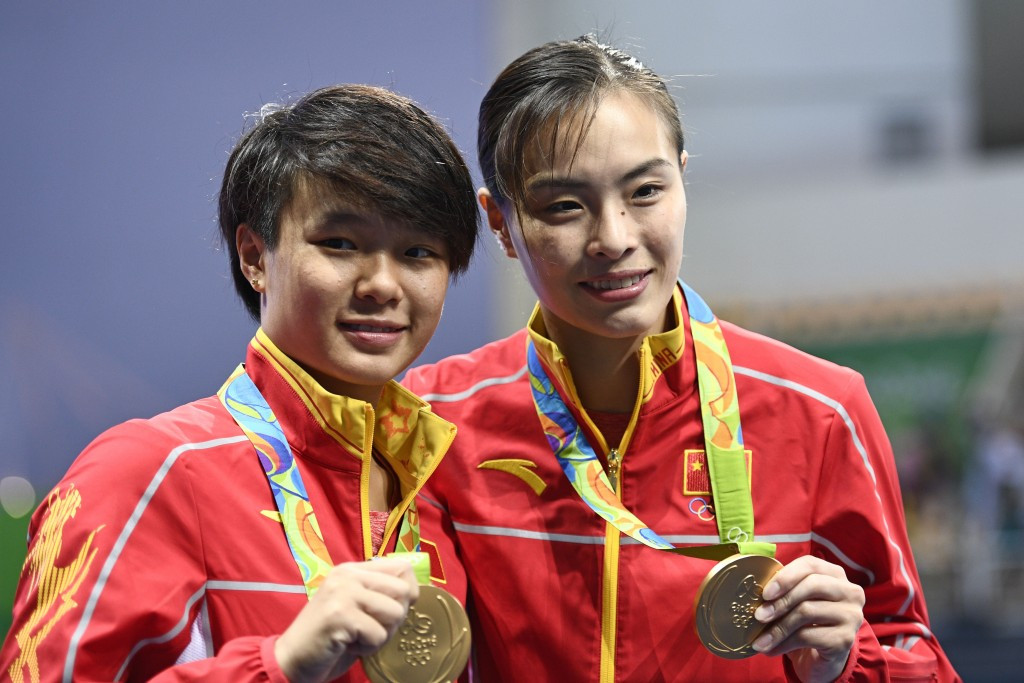 Wu wins record-breaking fourth straight Olympic gold as China dominate women's 3m synchronised springboard final at Rio 2016
