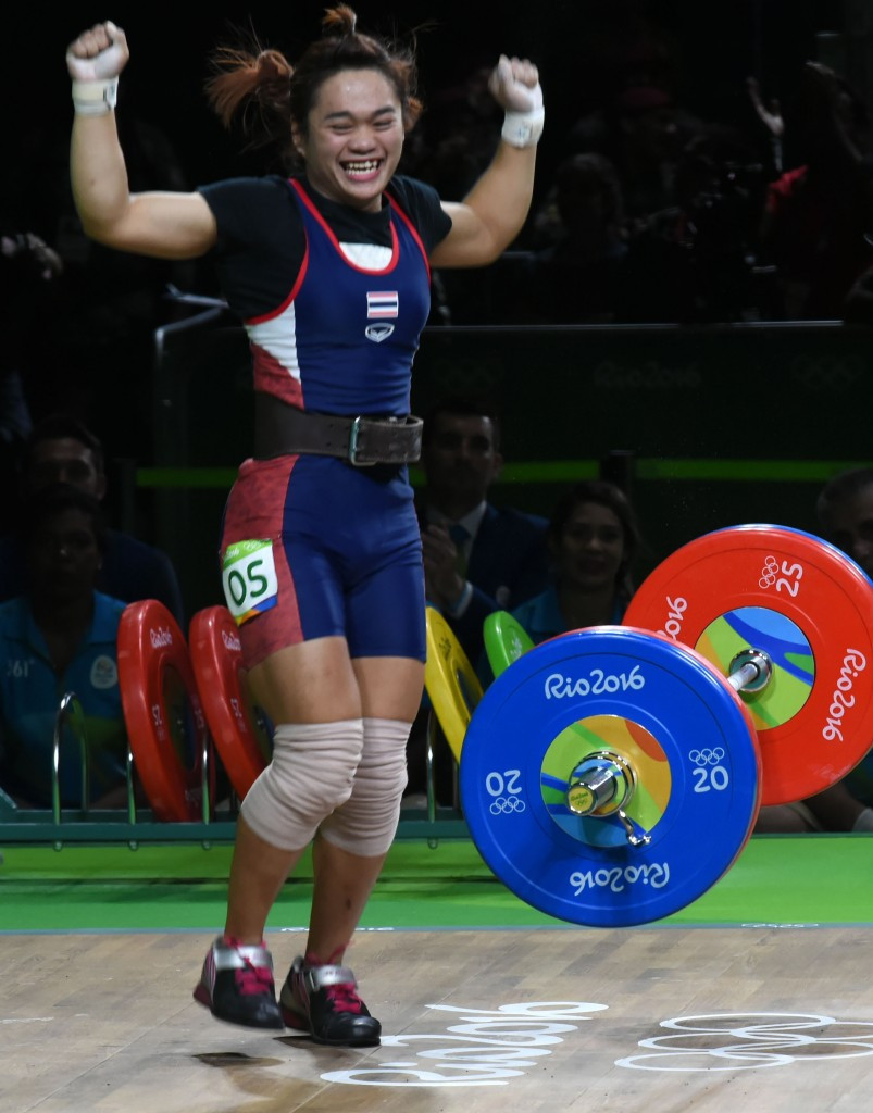 Srisurat leads Thai 1-2 in women's 58kg weightlifting and tearful Figueroa takes men's 62kg title