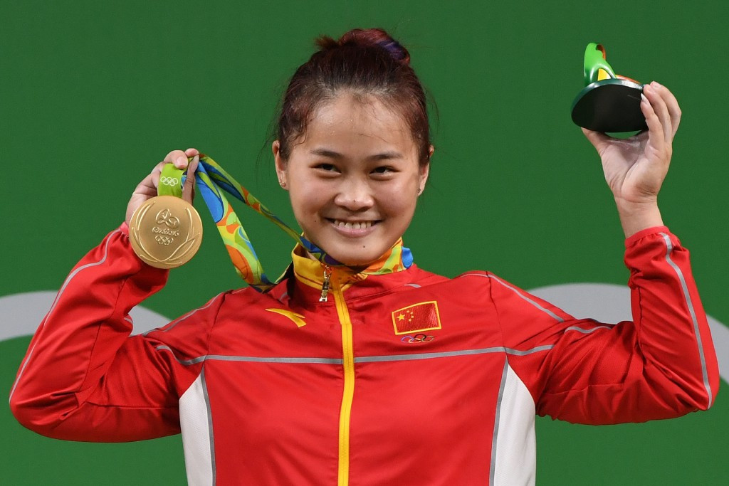 Two more golds for Chinese weightlifting as Deng and Shi maintain their record