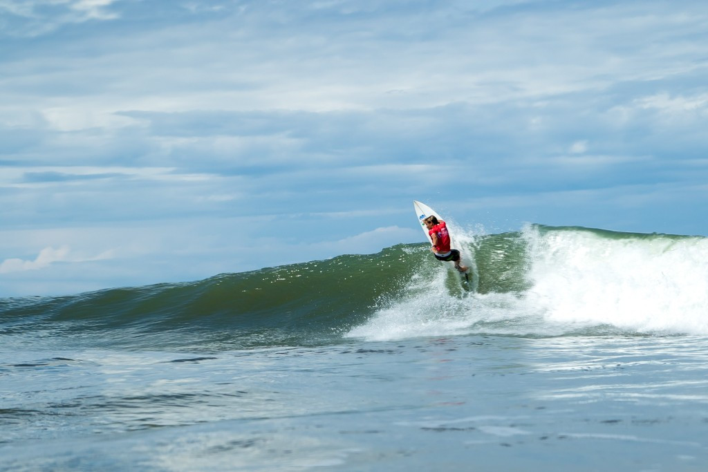 Elimination rounds begin as World Surfing Games heat up