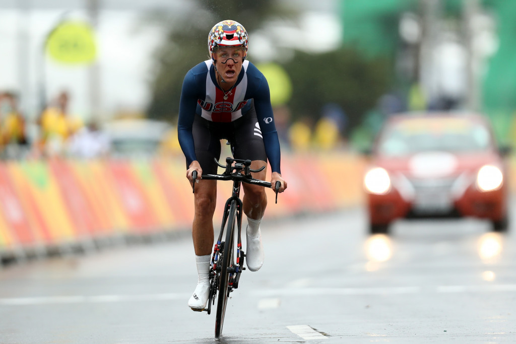 Armstrong claims third consecutive Olympic time trial title as outstanding Cancellara takes men's gold