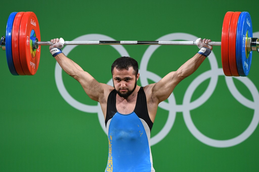 Kazakh breaks clean and jerk world record to claim men's 77kg weightlifting gold at Rio 2016