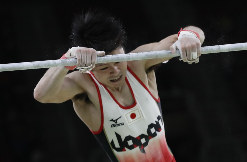 Kōhei Uchimura brilliantly defended his all-round title ©Getty Images