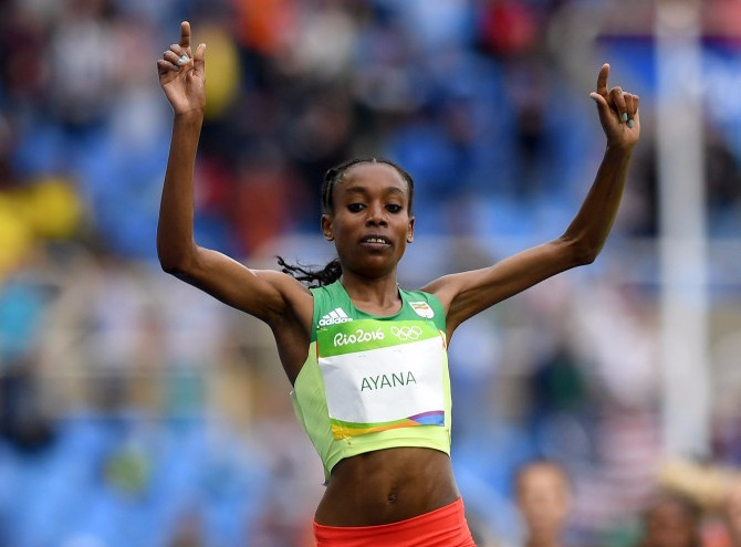 Ayana opens Rio 2016 athletics programme with world record in women's 10,000m