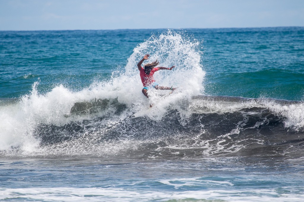 Peru return to top of standings at ISA World Surfing Games