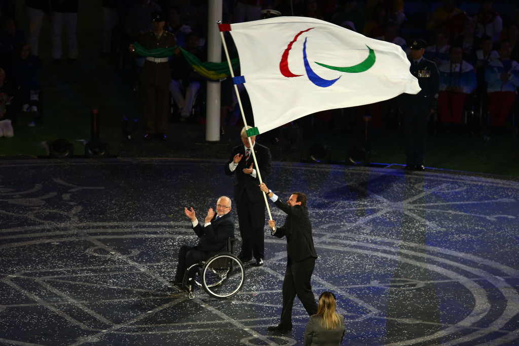 Rio Mayor Eduardo Paes accepts the Paralympic flag from London counterpart Boris Johnson during the Closing Ceremony of the 2012 Games ©Getty Images